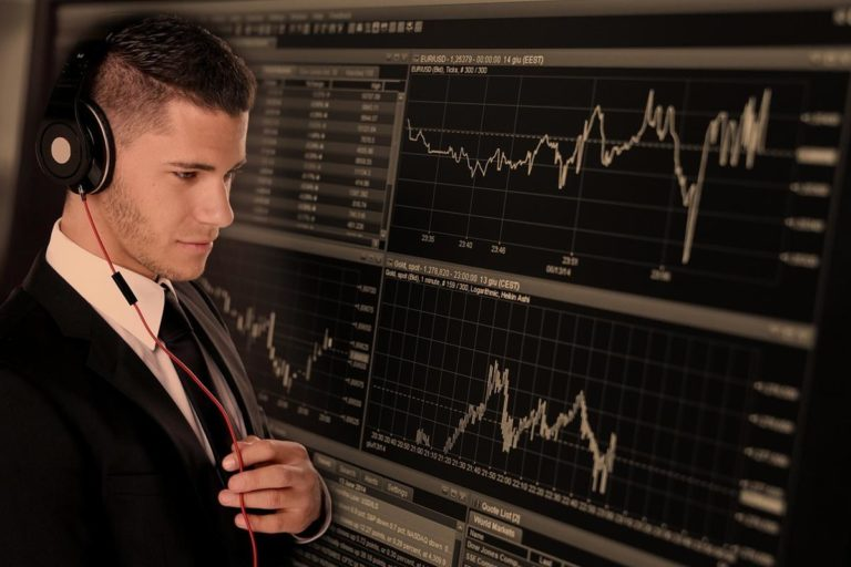 Opinie ekspertów na temat inwestycji w waluty alternatywne