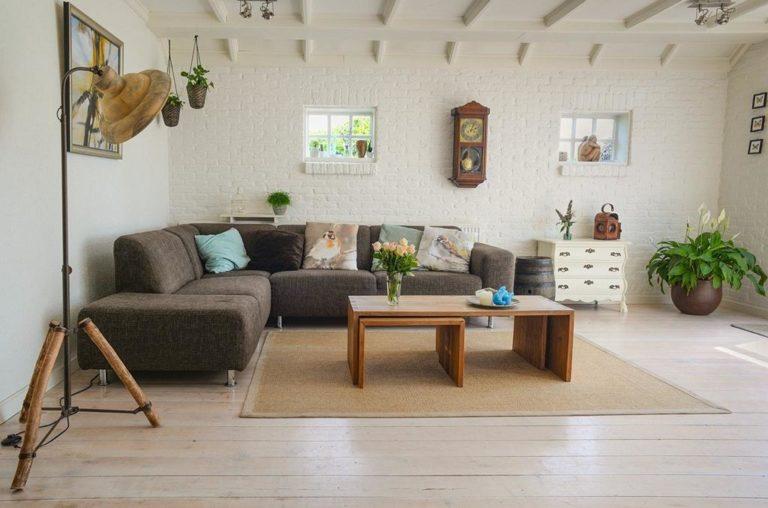 Dlaczego w twoim domu ciągle wiszą stare żyrandole?
